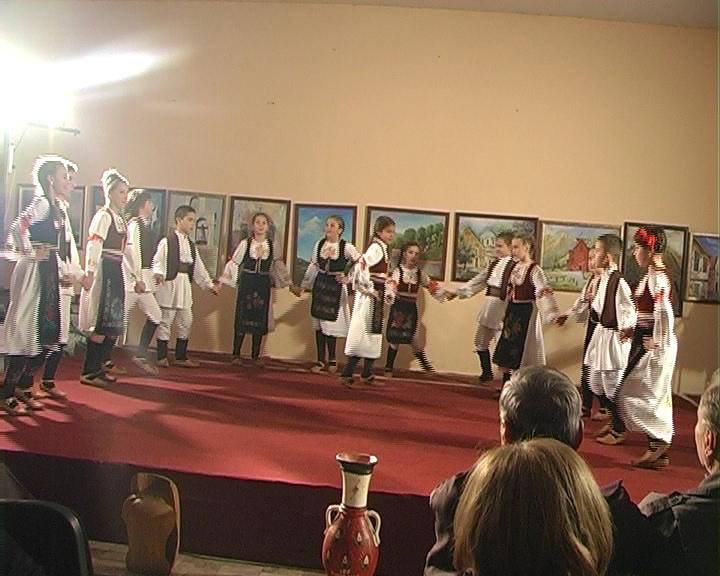Veče  folklora i očuvanja  narodne tradicije